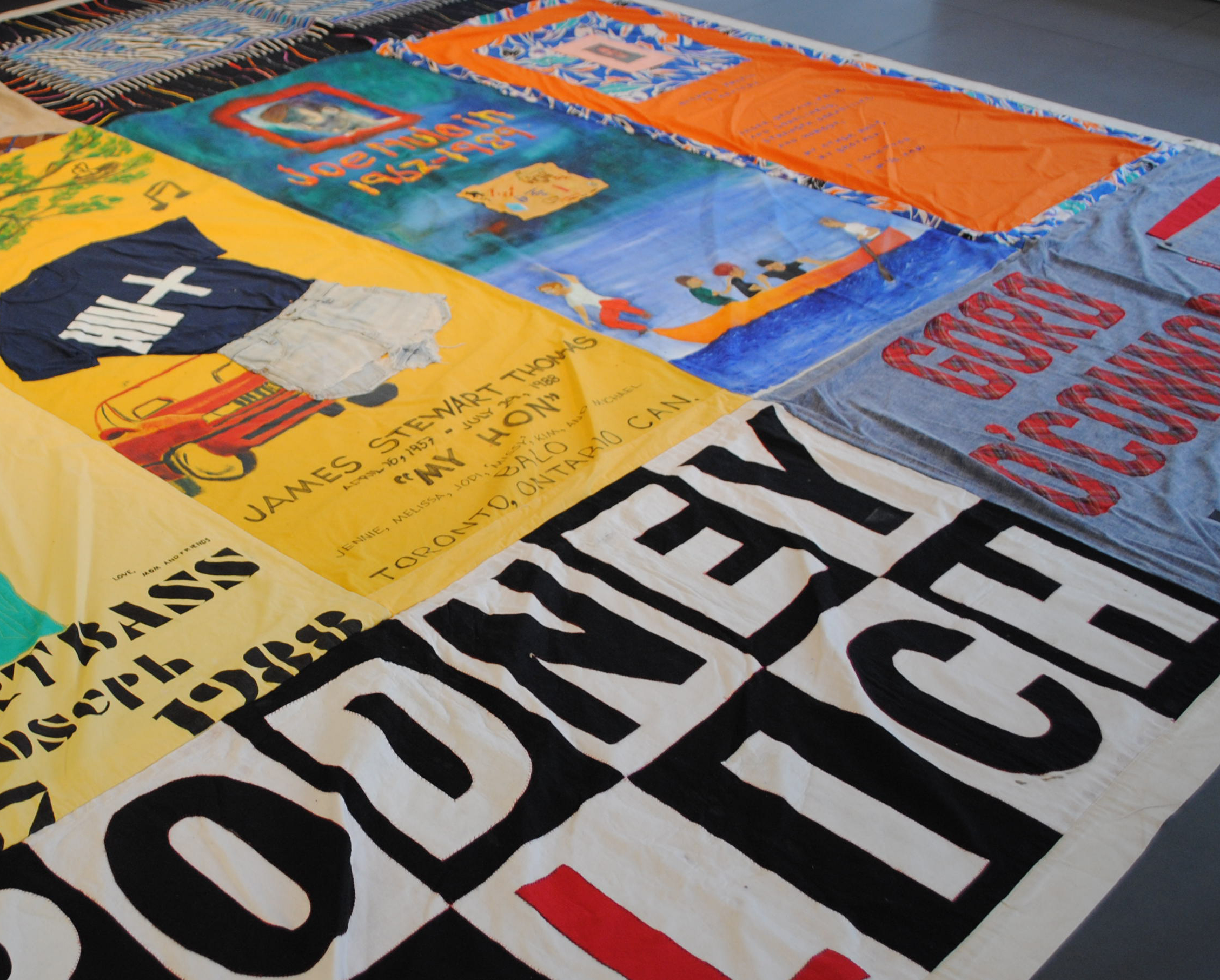 Are you ready for World AIDS Day? | Mosex : blog : world aids day quilt - Adamdwight.com